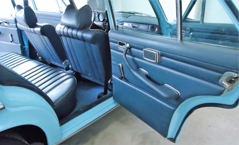 "W114 1971 250 Sedan - ""Celeste II""  Inttra11"