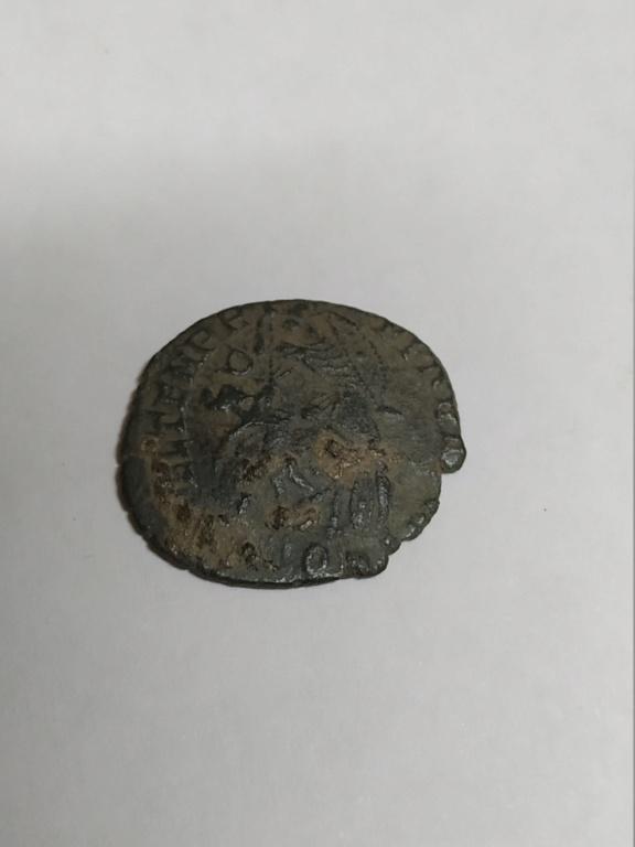 AE3 de Constancio II. FEL TEMP REPARATIO. Aquilea 16127213