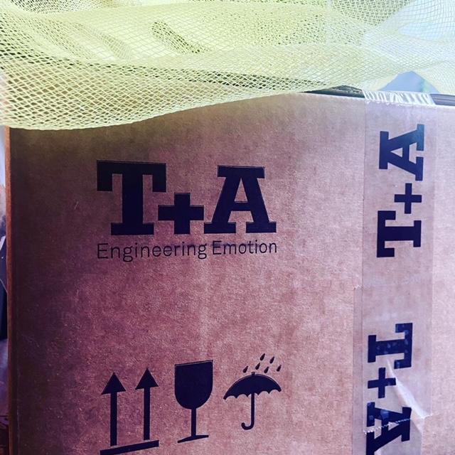 T+A HA200 amplificatore e dac 2f7dc410