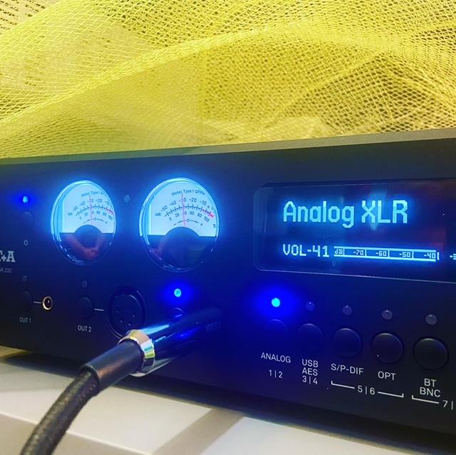 T+A HA200 amplificatore e dac 78cb1610