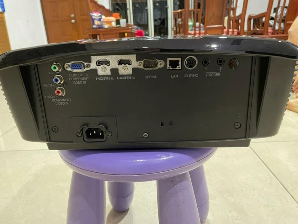COMBO: Mitsubishi DLP Projector (HC7800LP) + 120'' 16:9  Projector Screen (Used) Whatsa11