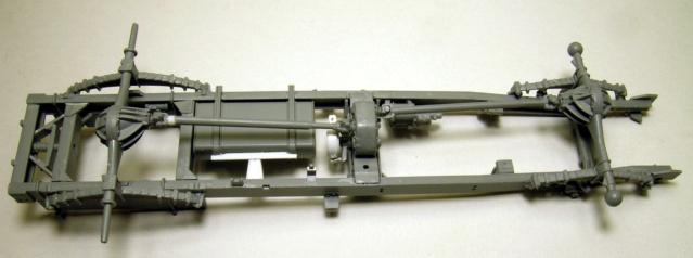 Chevolet G7107 ICM 1/35 Chassi23