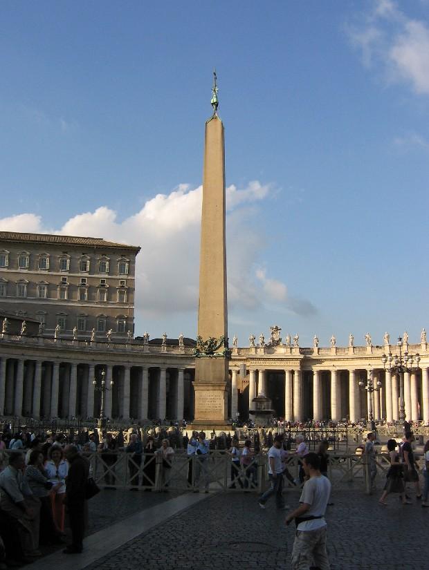 Les obélisques du Monde Vatica10