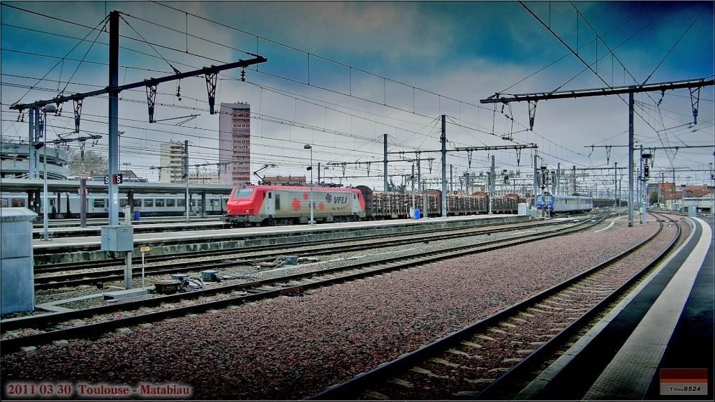Photos et vidéos de la ligne Bordeaux - Toulouse - Narbonne - Sète (2007-2013) 2011_072