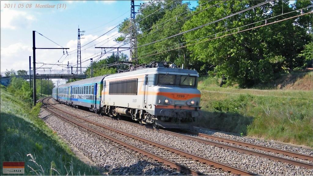 Photos et vidéos de la ligne Bordeaux - Toulouse - Narbonne - Sète (2007-2013) - Page 3 2011_105