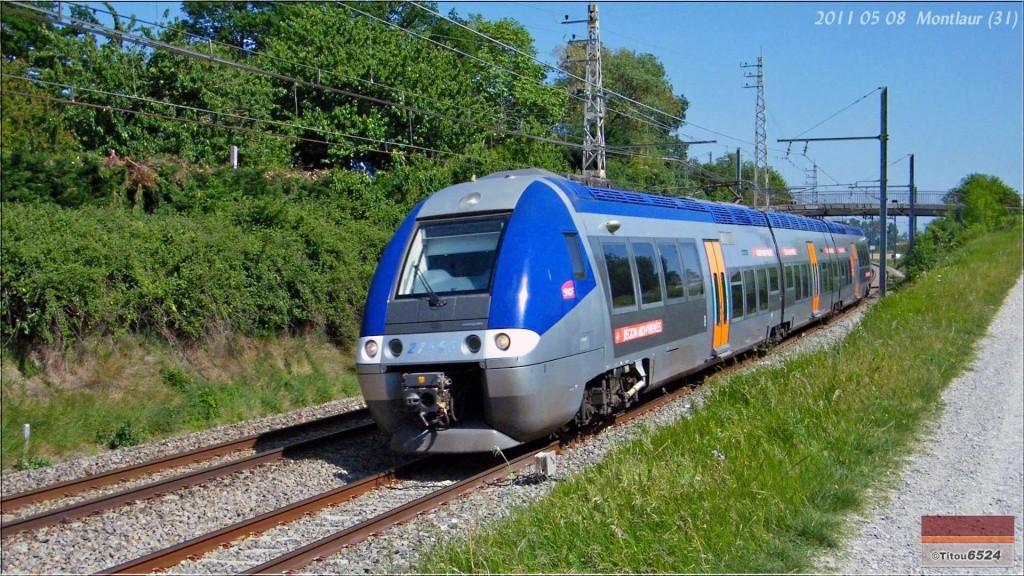 Photos et vidéos de la ligne Bordeaux - Toulouse - Narbonne - Sète (2007-2013) - Page 3 2011_106
