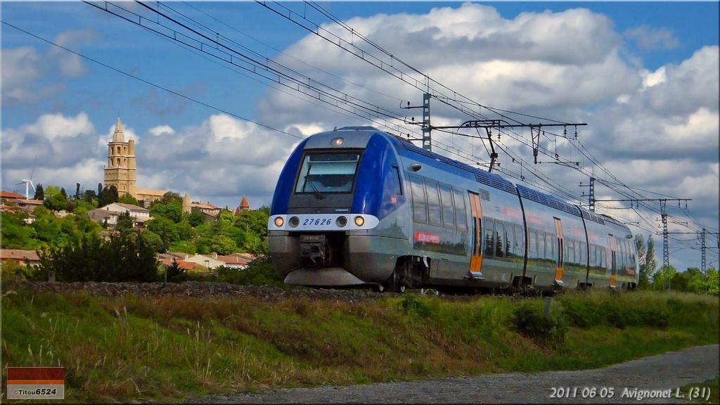 Photos et vidéos de la ligne Bordeaux - Toulouse - Narbonne - Sète (2007-2013) - Page 4 2011_150