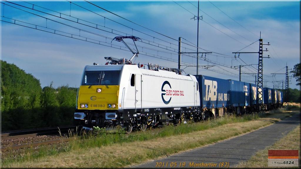Photos et vidéos de la ligne Bordeaux - Toulouse - Narbonne - Sète (2007-2013) - Page 4 2011_154