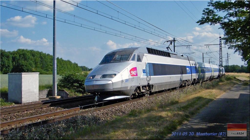 Photos et vidéos de la ligne Bordeaux - Toulouse - Narbonne - Sète (2007-2013) - Page 5 2011_171