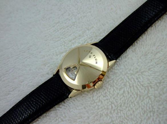 [vintage] Les montres bracelets à heures sautantes Wddw10