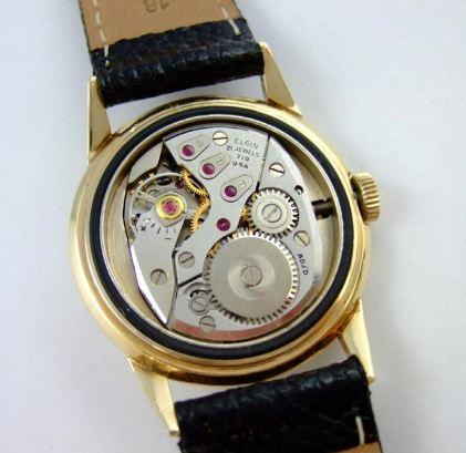 [vintage] Les montres bracelets à heures sautantes Wwd10