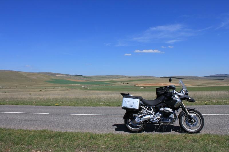 Vos plus belles photos de motos - Page 2 Img_0112