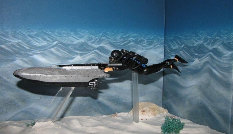 [Custom]  James bond 007 Opération Tonnerre : le propulseur. Img_4010