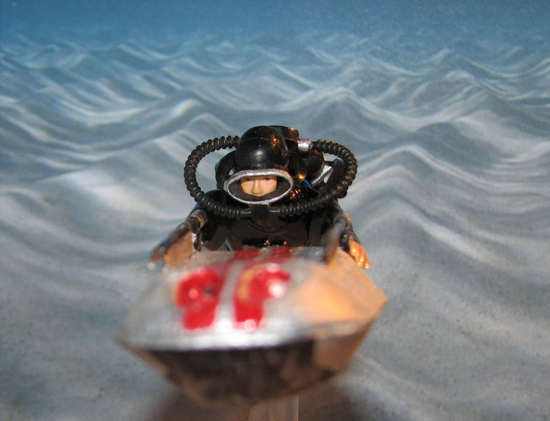 [Custom]  James bond 007 Opération Tonnerre : le propulseur. Img_4110