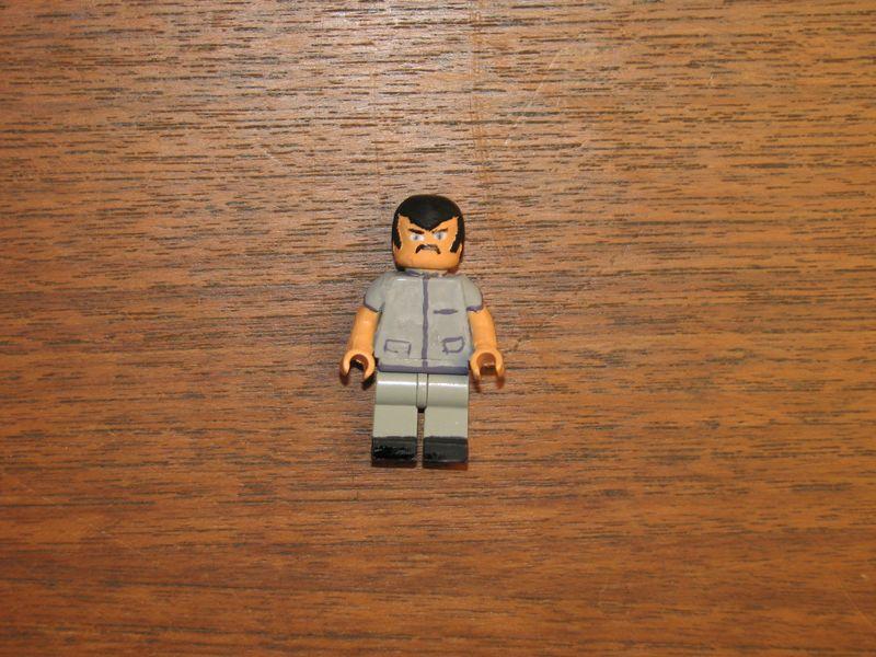 Customs lego  personnages de DA 80's de Fabax Profes10