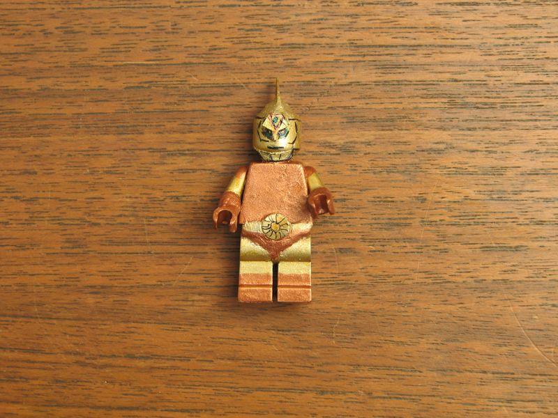 Customs lego  personnages de DA 80's de Fabax Spetre10