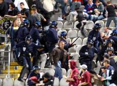 Les ultras et la police Crs_vs11