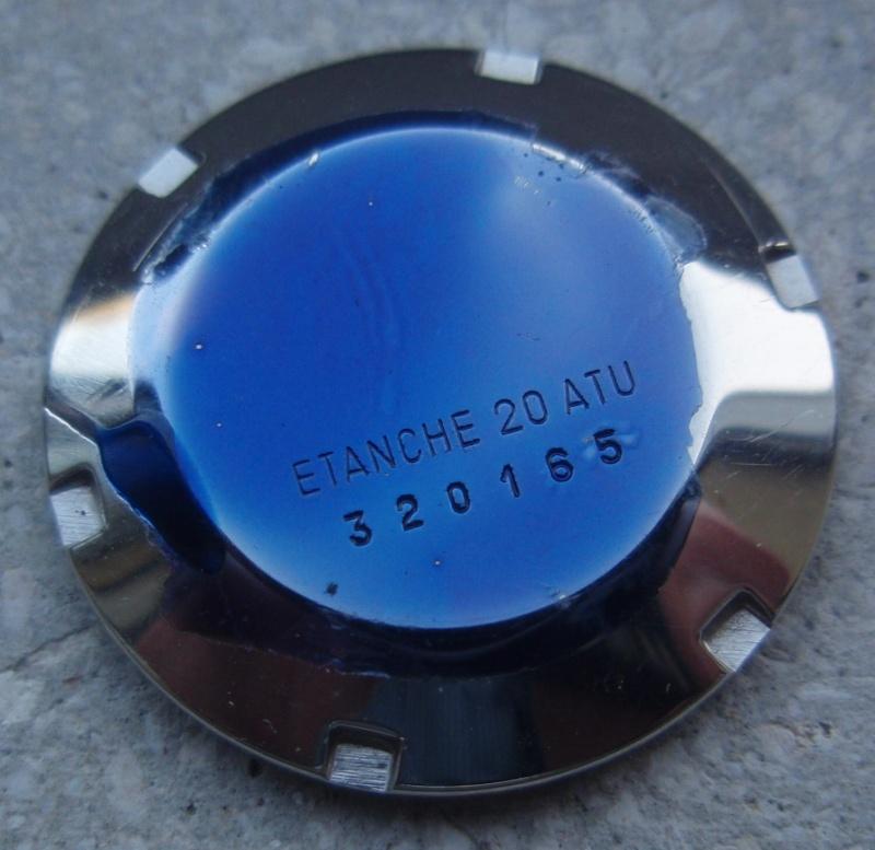 enduit bleu sur le fond Pa080010