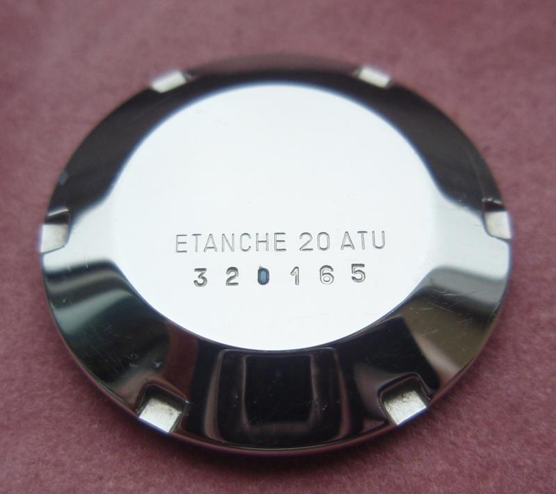 enduit bleu sur le fond Pa090010