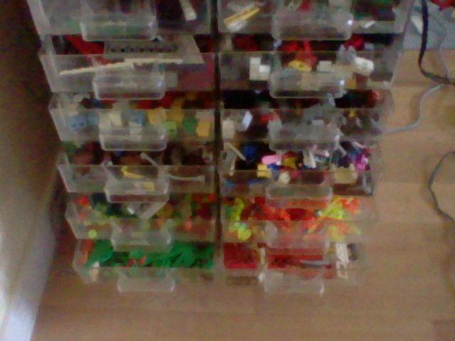 Ma très (très très) grande collection de LEGO ! (+ nouvelles photos !) Hni_0039