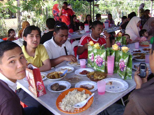 Thanks banzai Taiping..... 1 DIS 2007 Dsc00811