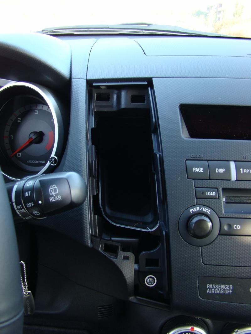 Autoradio - Come smontare l'autoradio... Dsc00911