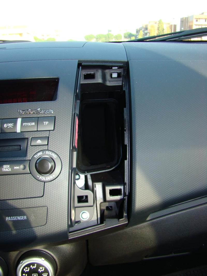 Autoradio - Come smontare l'autoradio... Dsc00912