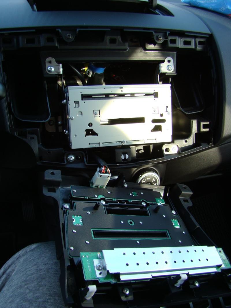 Autoradio - Come smontare l'autoradio... Dsc00913