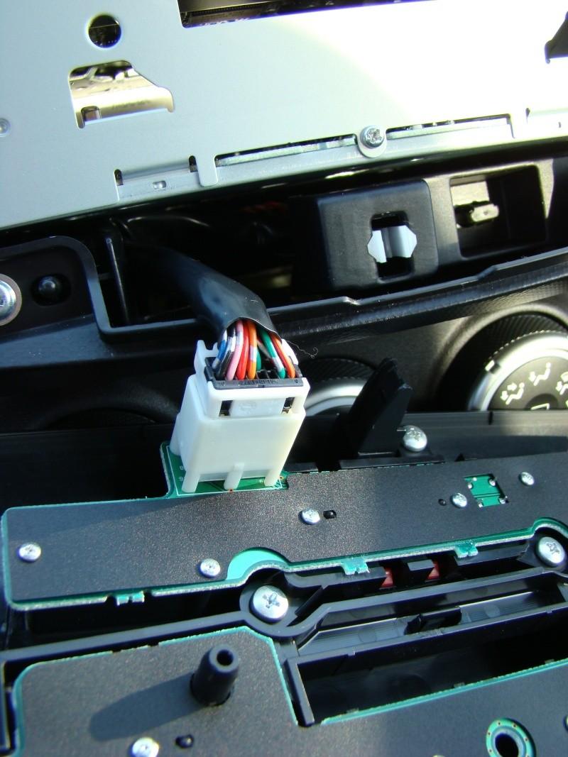 Autoradio - Come smontare l'autoradio... Dsc00914