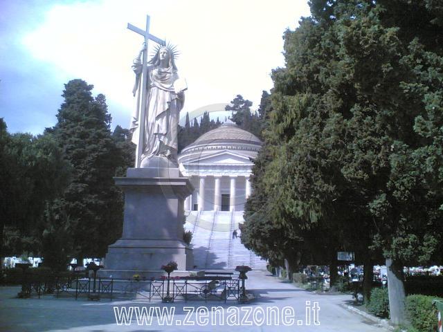 Les lieux sacrés - Héritage spirituel du Monde. E685c210