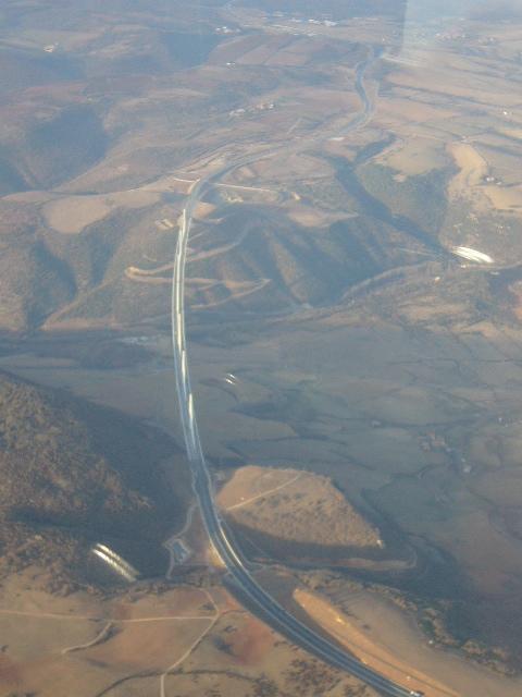 Photo survol viaduc millau mt aigoual,cévennes en C172 P1050115