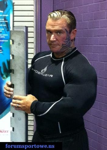 Des news de Lee Priest D12fcd10