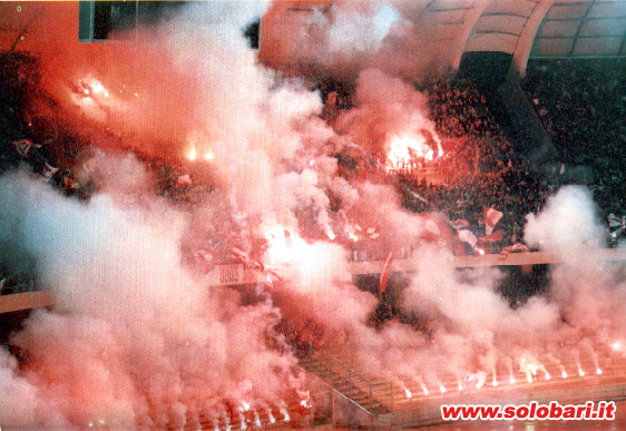 Craquages, Pots de fumées ect Bari-m10