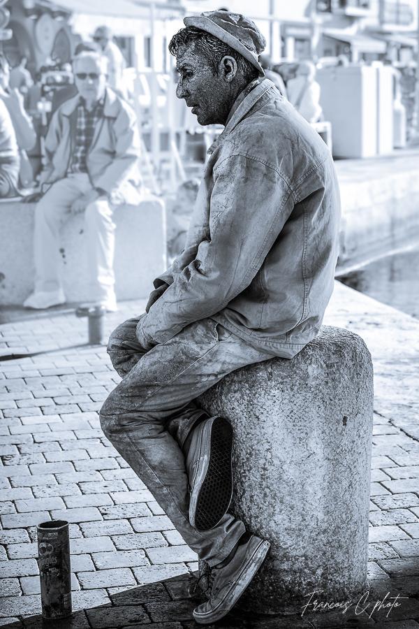 [Noir et Blanc] Statue humaine 29042010