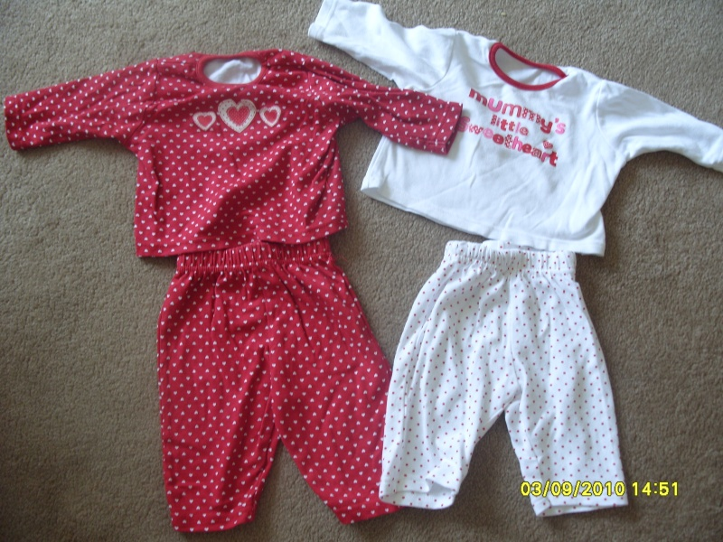 GIRLS 3-6 MONTH CLOTHES S1054710
