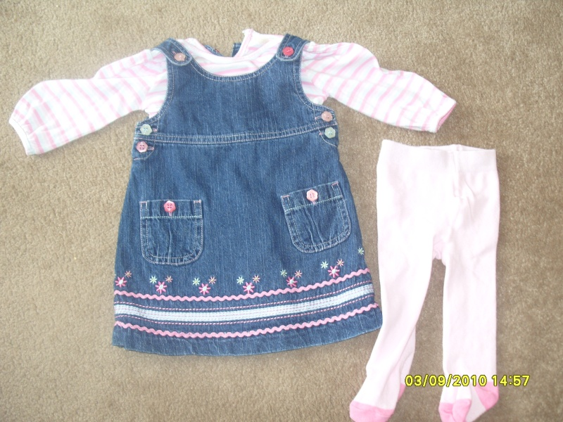 GIRLS 3-6 MONTH CLOTHES S1054714