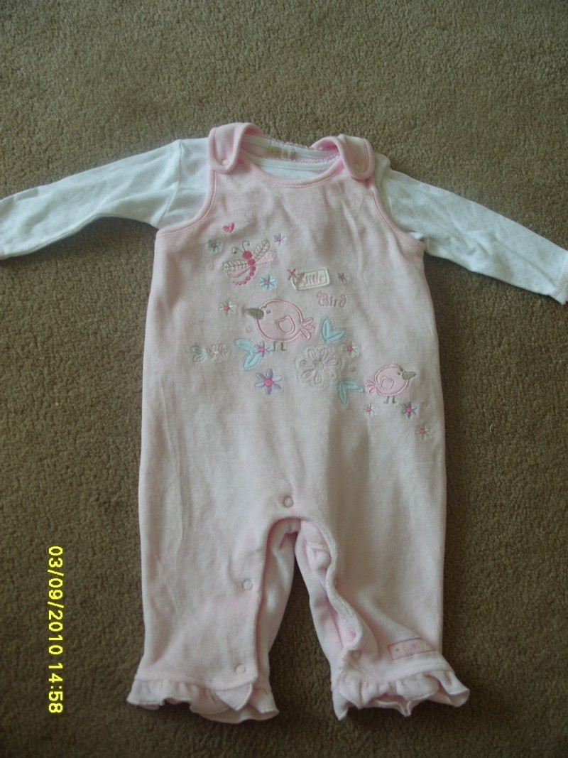 GIRLS 3-6 MONTH CLOTHES S1054716