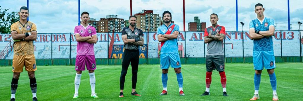 Los porteros más bajos de la historia del futbol -- Shortest goalkeepers in football - Página 11 Arsena10