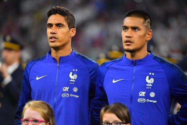 ¿Cuánto mide Raphaël Varane? - Altura - Real height Arton210