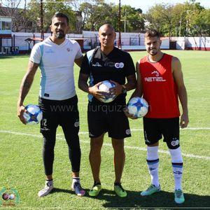 Los porteros más bajos de la historia del futbol -- Shortest goalkeepers in football - Página 12 Bdfa10
