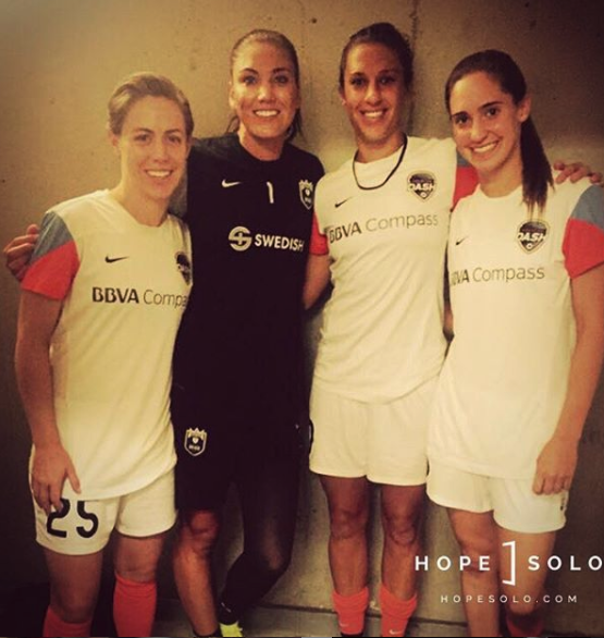 ¿Cuánto mide Hope Solo? - Altura - Real height Captur23
