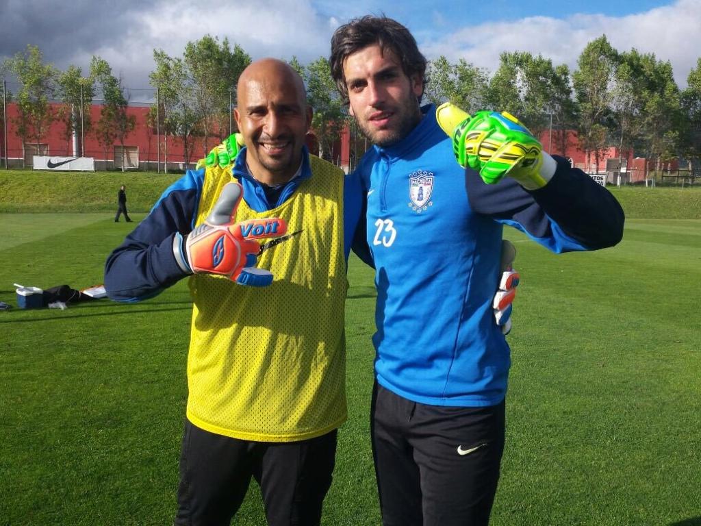 Los porteros más bajos de la historia del futbol -- Shortest goalkeepers in football - Página 3 Cot7vy10