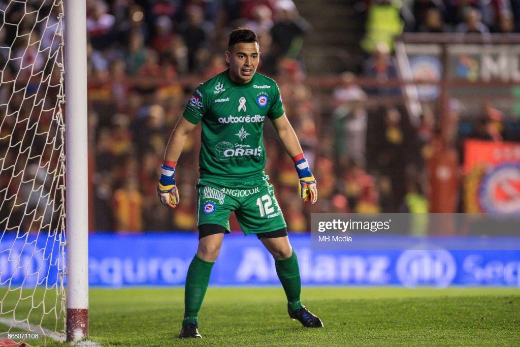 Los porteros más bajos de la historia del futbol -- Shortest goalkeepers in football - Página 5 Lucas_10