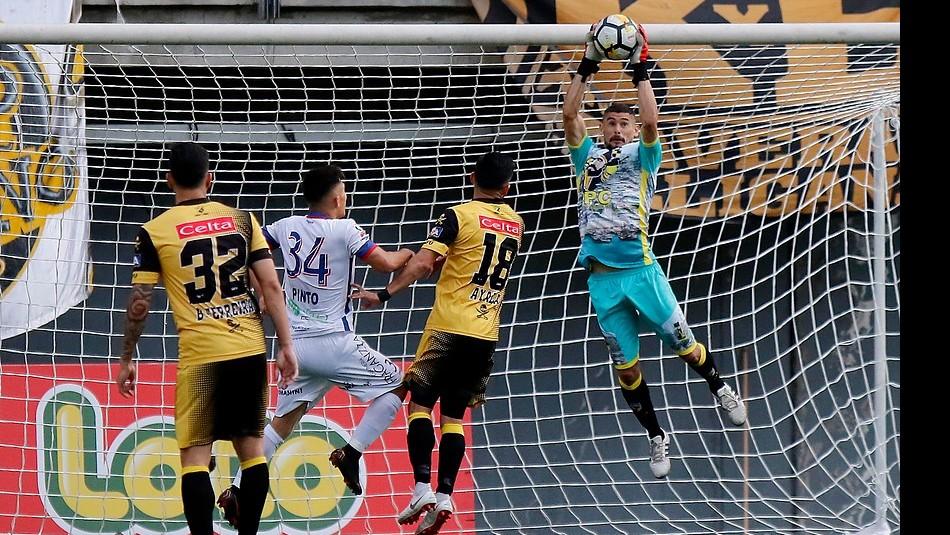 Los porteros más bajos de la historia del futbol -- Shortest goalkeepers in football - Página 11 Matias10