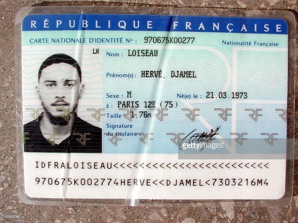 Hay países que en la cédula / documento de identidad y carnet de conducir pone la estatura Wqrww10