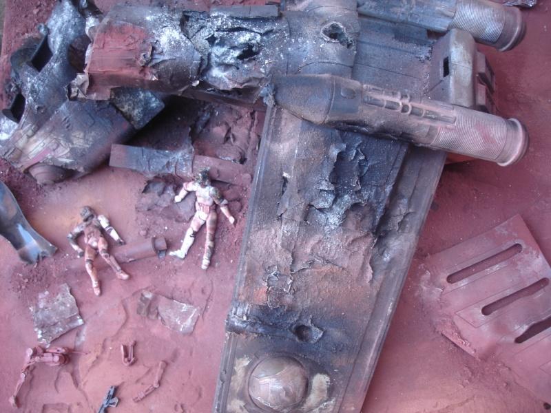 the gunship destroyed after the Battle of Geonosis ah ah :) Dsc08625