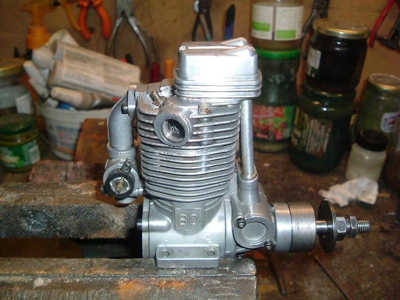 Les moteurs  4 temps (révision et réparations) Dscf2827