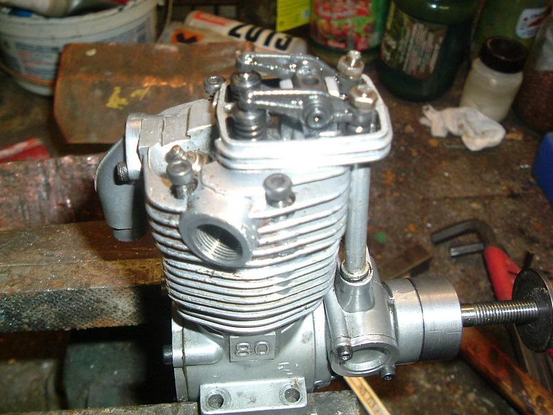 Les moteurs  4 temps (révision et réparations) Dscf2828