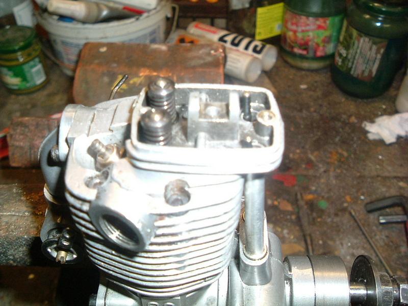 Les moteurs  4 temps (révision et réparations) Dscf2829