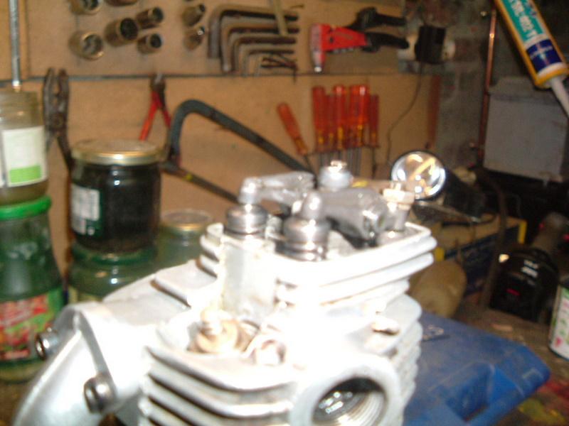 Les moteurs  4 temps (révision et réparations) Dscf2843